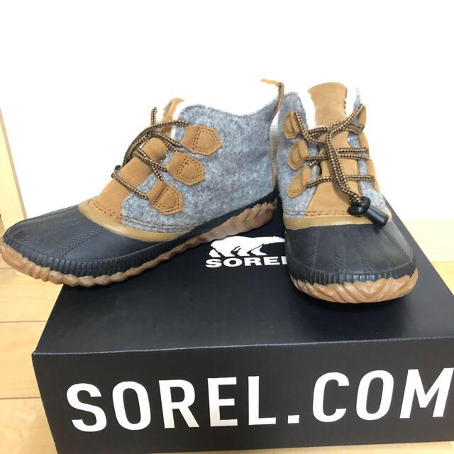 SOREL(ソレル)の美品⭐️ほぼ半額 SOREL  ジュニアスノーブーツ レインブーツ キッズ/ベビー/マタニティのキッズ靴/シューズ(15cm~)(ブーツ)の商品写真