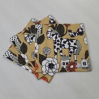 マリメッコ(marimekko)のマリメッコペーパーナプキン3枚(各種パーツ)
