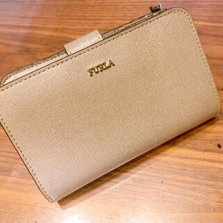 フルラ(Furla)の人気❣️FURLA フルラ 財布 グレー 二つ折り財布(財布)