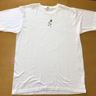 ウィゴー(WEGO)の𓊆 WEGO ワンポイント🌹プリントTシャツ 𓊇 (Tシャツ/カットソー(半袖/袖なし))