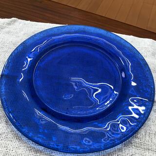スガハラ(Sghr)のスガハラガラス Sghr  大皿 ロイヤルブルー 青 ガラス皿 約30センチ食器(食器)