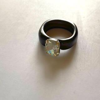 ムルーア(MURUA)のアクリルストーンリング ビジュー クリア レトロ ブラック×クリア(リング(指輪))