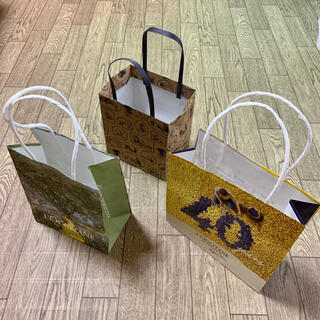 ロクシタン(L'OCCITANE)のロクシタン & プーさん 紙袋(ショップ袋)