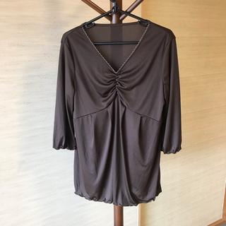フェリシモ(FELISSIMO)のフェリシモ こげ茶色 カットソー 5分袖(カットソー(半袖/袖なし))