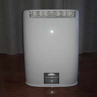 Panasonic - 衣類乾燥除湿機 Panasonic F-YZS60