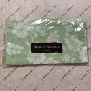 ディーンアンドデルーカ(DEAN & DELUCA)のDEAN&DELUCA HAWAII限定 リング付きマスクケース 黄緑色 新品(日用品/生活雑貨)