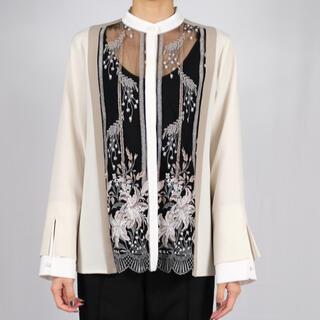 マメ(mame)のmurral framed flower blouse ivory(シャツ/ブラウス(長袖/七分))
