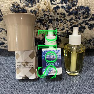バスアンドボディーワークス(Bath & Body Works)のBATH & BODY WORKS ウォルフラワー 芳香剤(日用品/生活雑貨)