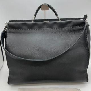FENDI - ブラック!ラージサイズ!FENDI フェンディ ピーカブー メンズ 鞄