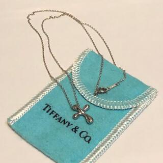 ティファニー(Tiffany & Co.)のTiffanyのクロスネックレス(ネックレス)