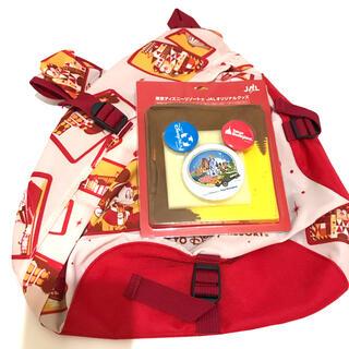 ディズニー(Disney)の非売品 JAL ディズニー ボディバッグ 缶バッジ ハンカチ セット ミッキー(ボディバッグ/ウエストポーチ)