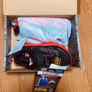 バンダイ(BANDAI)のバンダイ アンリミティブ 靴 21cm センサーユニット付 新品 スニーカー(スニーカー)