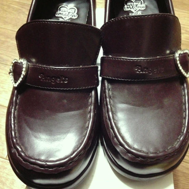 angelblue(エンジェルブルー)の<値下げ>茶色のローファー レディースの靴/シューズ(ローファー/革靴)の商品写真