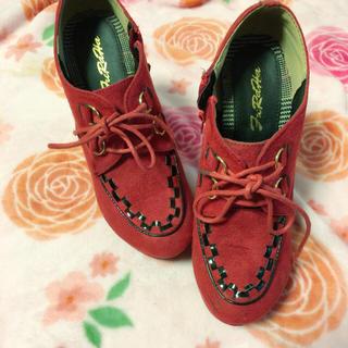 シマムラ(しまむら)の赤ブーツ(ブーティ)