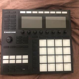ローランド(Roland)のmaschine  mk3(MIDIコントローラー)