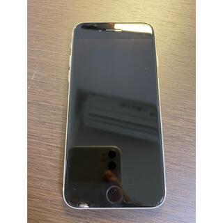 アイフォーン(iPhone)の左下欠けあり simフリー iPhoneSE2 シルバー 本体(スマートフォン本体)