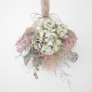 紫陽花とスモークツリーのブーケ スワッグ(ドライフラワー)