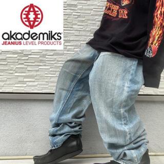 アカデミクス(AKADEMIKS)のアカデミクス ワイド デニム バギーパンツ 刺繍ロゴ ヴィンテージ加工 縦落ち(デニム/ジーンズ)