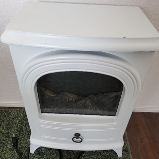 暖炉型ファンヒーター ホワイト 白(電気ヒーター)