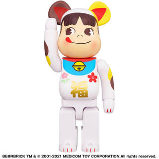 メディコムトイ(MEDICOM TOY)の新品梱包未開封 BE@RBRICK 招き猫 ペコちゃん 福 1000%(その他)
