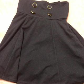 黒スカート(ひざ丈スカート)