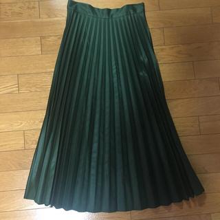 ザラ(ZARA)のZARA ダークグリーン プリーツスカート(ロングスカート)