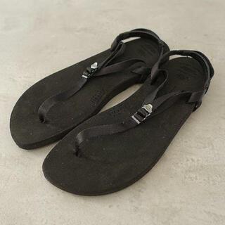 ハイク(HYKE)のbeautiful shoes 23.5-24.0cm(サンダル)