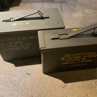 米軍放出品 アーモボックス 実物 レア品 ミリタリー 工具入れ 炭入れ キャンプ(その他)