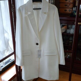 UNRELISH白のロングジャケット(その他)