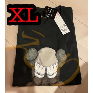 メディコムトイ(MEDICOM TOY)のkaws tokyo first uniqlo tシャツ  XL ユニクロ UT(Tシャツ/カットソー(半袖/袖なし))
