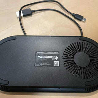 ギャラクシー(Galaxy)のEP-P5200 Wireless Charger Duo Pad (バッテリー/充電器)