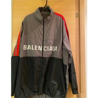 バレンシアガ(Balenciaga)のBalenciagaバレンシアガ  メンズ ロゴプリントアウター(ナイロンジャケット)