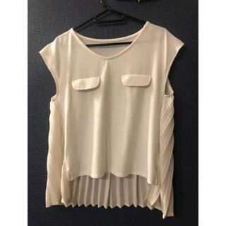 ヴィス(ViS)のVIS プリーツノースリーブシャツ(Tシャツ(半袖/袖なし))