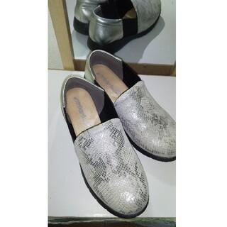 ディノス(dinos)のラックラック 空とぶスリッポン(ローファー/革靴)