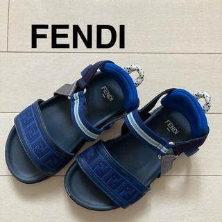 フェンディ(FENDI)のFENDI  FFロゴ ユニセックスジュニアサンダル EU26(サンダル)