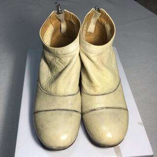 モマ(MOMA)の靴(ローファー/革靴)