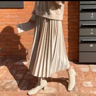 ディーホリック(dholic)のソフトプリーツスカート  ベージュ dholic(ロングスカート)
