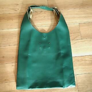 マルタンマルジェラ(Maison Martin Margiela)の美品 MartinMargiela マルタンマルジェラ シープスキン バッグ 緑(トートバッグ)