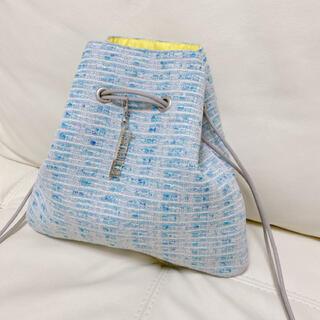 ドゥロワー(Drawer)のシャルマントサック  巾着 リントンツイード ライトブルー(ハンドバッグ)