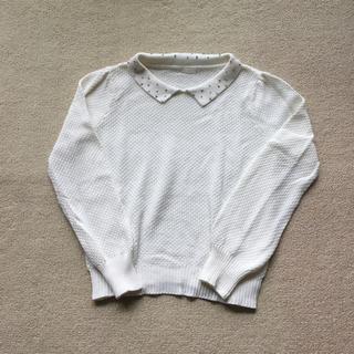 ジーユー(GU)の襟付き白ニット(ニット/セーター)