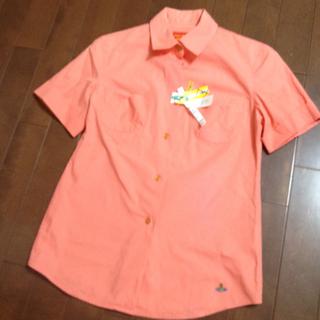 ヴィヴィアンウエストウッド(Vivienne Westwood)のシャーベットオレンジ色のシャツ☆(シャツ/ブラウス(半袖/袖なし))