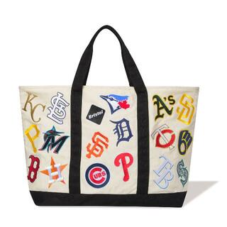 エフシーアールビー(F.C.R.B.)のFCRB 21AW MLB TOUR ALL TEAM GROCERY TOTE(トートバッグ)