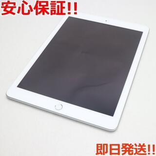 アップル(Apple)の新品同様 iPad 第5世代 Wi-Fi 128GB シルバー (タブレット)