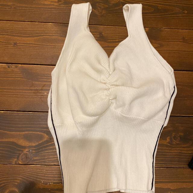 Ameri VINTAGE(アメリヴィンテージ)のアメリヴィンテージ♡ニットタンク♡ホワイト♡サイズフリー レディースのトップス(タンクトップ)の商品写真
