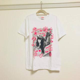 モマ(MOMA)の草間弥生 TシャツI Like Myself X Love Forever 限定(Tシャツ/カットソー(半袖/袖なし))