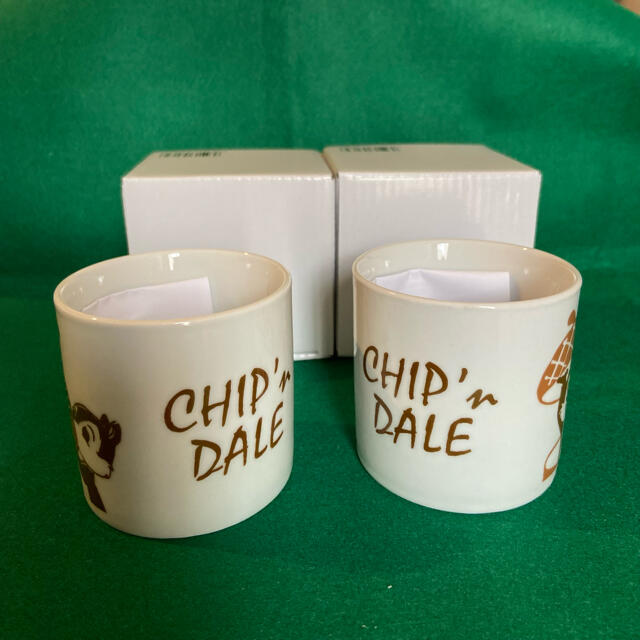 チップ&デール(チップアンドデール)のチップとデール マグカップ 2個セット インテリア/住まい/日用品のキッチン/食器(グラス/カップ)の商品写真