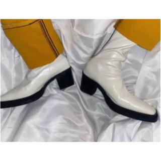 ジョンローレンスサリバン(JOHN LAWRENCE SULLIVAN)の【vintage】【cream】スクエアトゥブーツ スクエア 白 ホワイト(ブーツ)