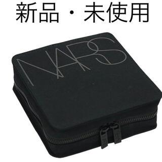 ナーズ(NARS)の【非売品】【残り1点】NARS コスメティック バッグ バニティポーチ ブラック(ポーチ)