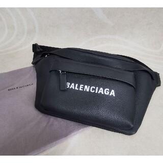 Balenciaga - BALENCIAGA ウエストポーチ 黒 レザー