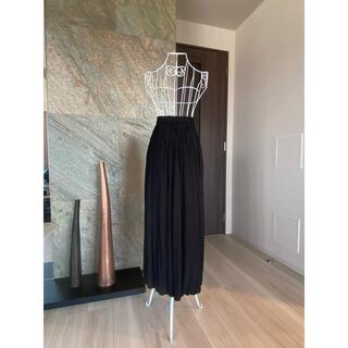 ユニクロ(UNIQLO)のスカートパンツ(キュロット)